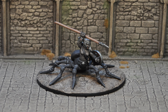http://otherworldminiatures.co.uk/figures/wp-content/uploads/2013/03/Drider7a.jpg